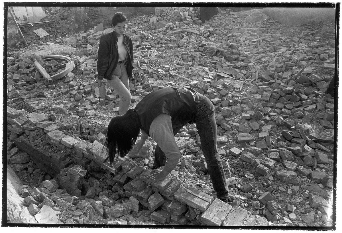 yindanghuangrong_huang rui and rong rong:photo symbiosis (1994-2001)